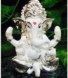 Karigaari Lucky Car Dashboard and Gifting Ganesha Polyresine Idol (7.62 cm x 7.62 cm x 7.62 cm)