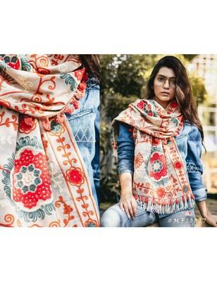 Beige Woollen Embroidered Khadi Muffler With African Motifs