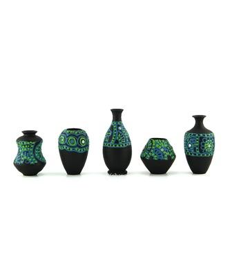 Handmade 3D Work Mini Five Show Piece Terracotta Pot Set Idols And Figurines/Home Decor/ Showpieces
