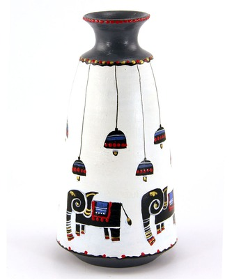 Multicolored Made Of Teracotta Clay Handicrafts Showpiece Terracotta Vase/Pot