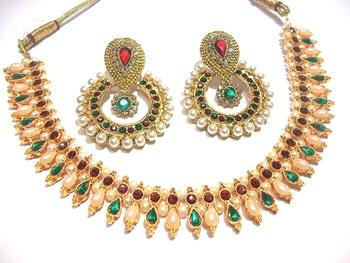 Multi color Golden Chokker Necklace Set
