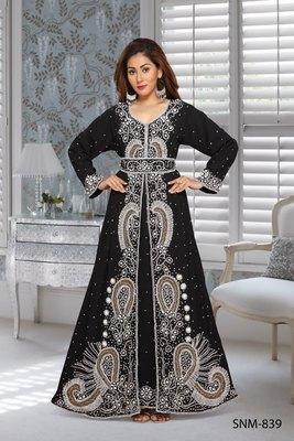 Georgette Black Embroidered Zari Work Islamic Kaftans