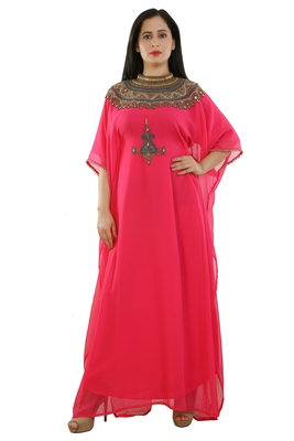 Pink Georgette Embroidered Zari Work Islamic Kaftans