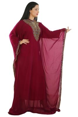 Magenta Georgette Embroidered Zari Work Islamic Kaftans