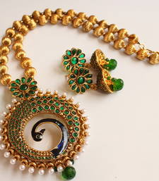 Lovely Antique Green Peacock Necklace Set