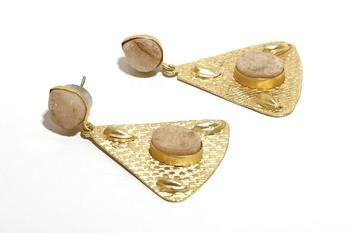 Gold agate earrings