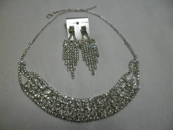 Diamond studded choker set - 2 strands