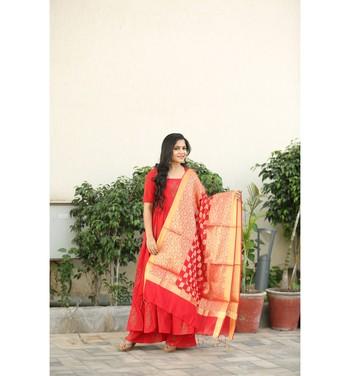 Red and white printed cotton kurtas and kurtis with palazzo