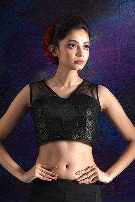 BLACK SLEEVELESS DUPION BLOUSE WITH SEQUINS