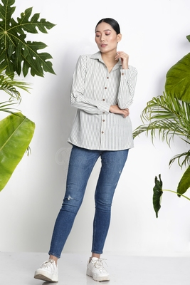 WHITE HANDWOVEN COTTON SHIRT WITH STRIPES