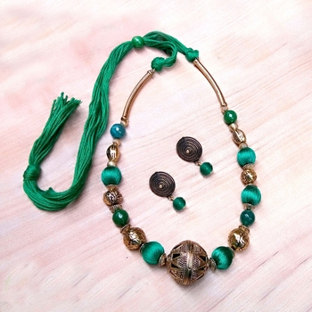 Green Rounded Antique Necklace Sets