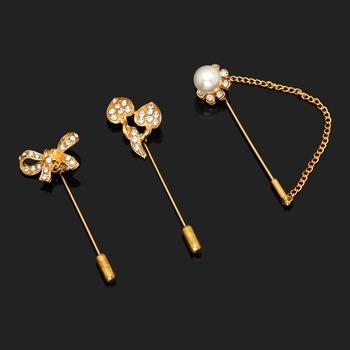 Gold brooch