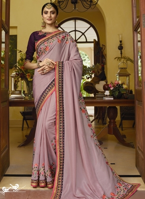 Light Violet Embroidered Silk Blend Saree With Blouse