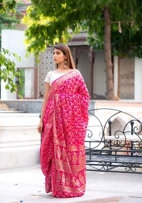 Magenta  Bandhani art silk saree with silver blouse