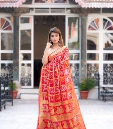Red art silk checked saree with zari waeves and heavy pallu