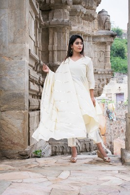 Off-white plain cotton kurta sets