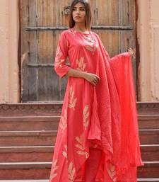 Pink printed cotton kurta sets
