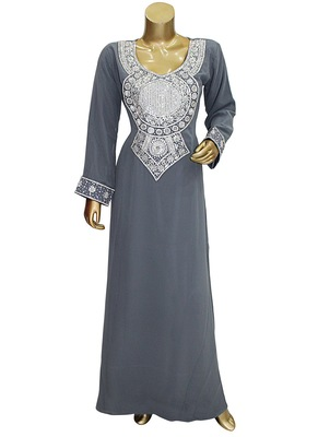 Black Embroidered Crystal Embellished Arabian Traditional Chiffon Kaftan / Gown