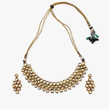 4 line kundan choker with matching long earrings