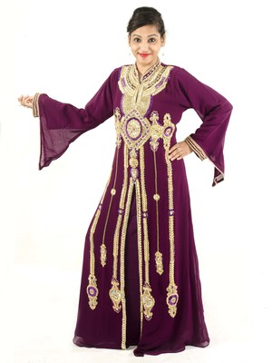 Magenta embroidered georgette islamic kaftan