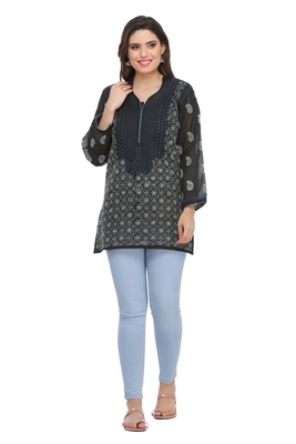 Black Embroidered Cotton Chikankari Kurti