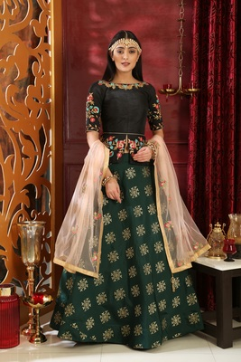 Green Embroidered Silk Unstitched Lehenga With Dupatta