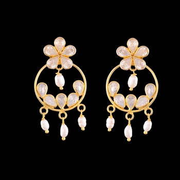 Golden Kundan Elegant Earrings