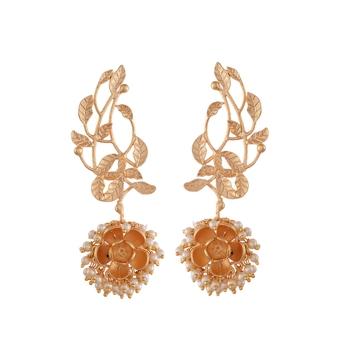 Stylish Golden Pearl Designer Earrings