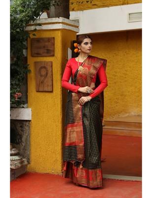 Black Shade Cotton Banarasi Handwoven Saree
