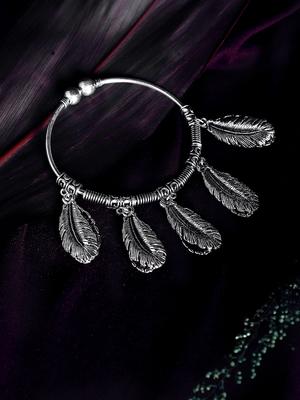 Zerokaata Cut Work Leaves Oxidized Silver Charm Bracelet