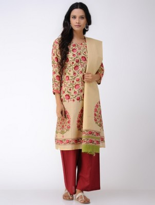 Set of Floral print Kurta with Dupatta with Red Pants