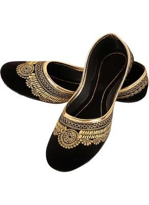 Rudra black pu leather traditional mojari for girl's & women's footwear