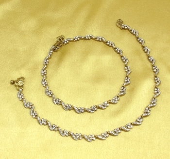 Designer Antique Gold Plated Diamond Stone Worked Payal Anklets