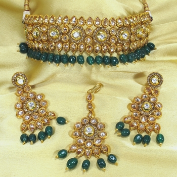 Royal Antique Gold AD Zircon Green Necklace Jewelry Set