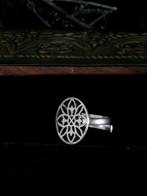 Zerokaata Adjustable Oxidized Silver Floral Ring