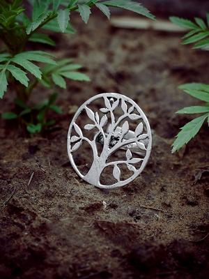 Zerokaata Adjustable Oxidized Silver Vintage Tree Ring