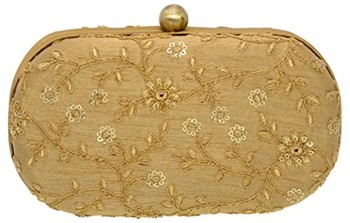 7c843d9c3d Box Clutch with Dori Work Along With Zari and Sequins In Floral Jaal Makes  It Exquisite