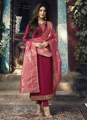 Blood-red embroidered georgette salwar with dupatta