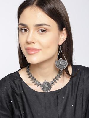 Infuzze Oxidised Silver-Toned Textured Jewellery Set
