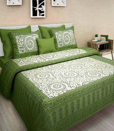 Dreamy Zone White & Green Cotton Double Bedsheet with Pillow Cover