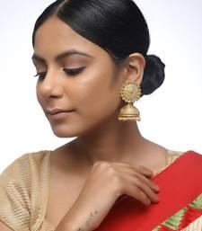 gold jhumkay