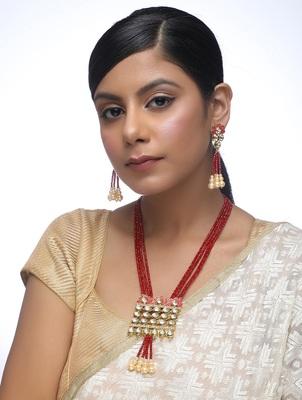 Kundan Neckpiece With Earrings