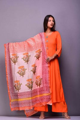 Orange plain rayon kurta sets