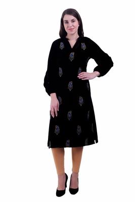 Black Embroidered Velvet Kurti