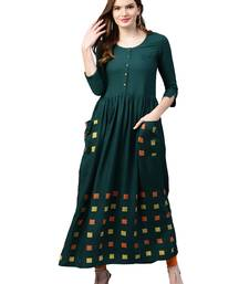 Green printed viscose kurtas-and-kurtis