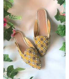 Slip on Pointed loafers with soft Gold cushioning sole