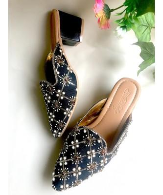 Black Nakshi Box heels