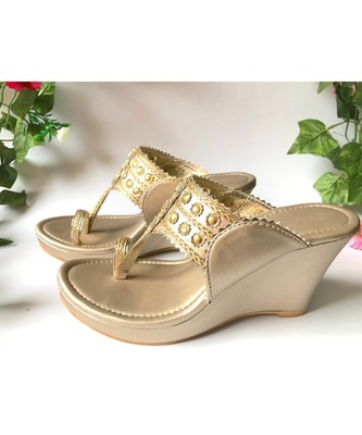 Dusty Gold , Gold Filigree Kolapuri Wedges
