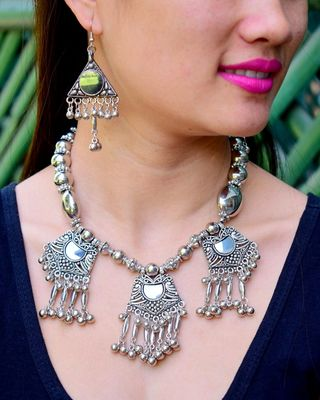 Oxidized Metal Jewellery Set  Pattern 15