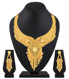 Trendy Fashion 1 Gram High Gold Plated Choker Style Brass Necklace Set For Women